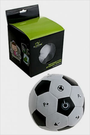 Забавный пульт в виде мяча очень понравится любителю футбола.
