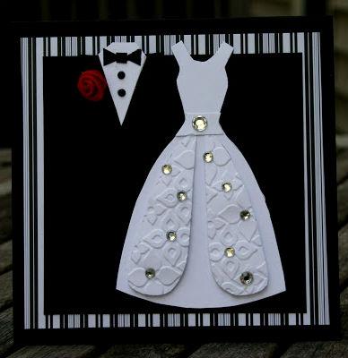 Что подарить на бумажную свадьбу.