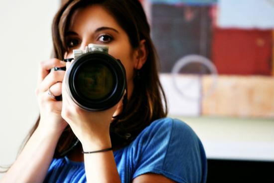 Профессиональный фотограф сделает качественные снимки.