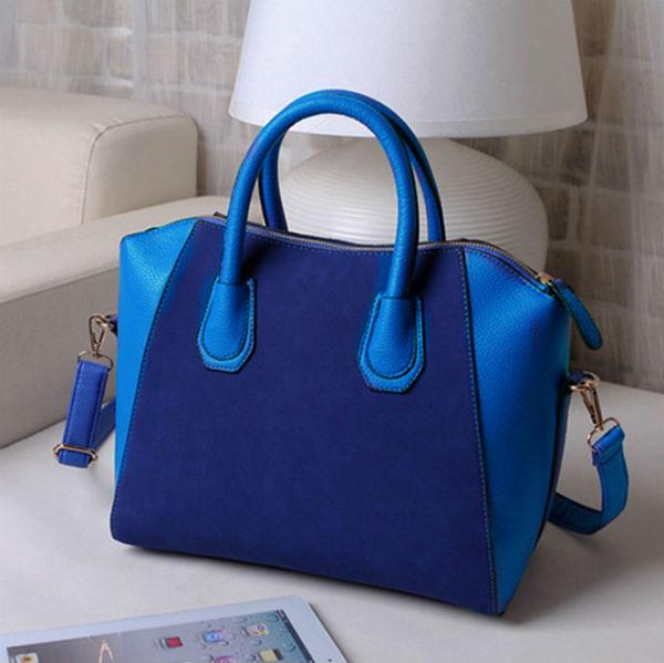 Модная сумочка будет весьма кстати.