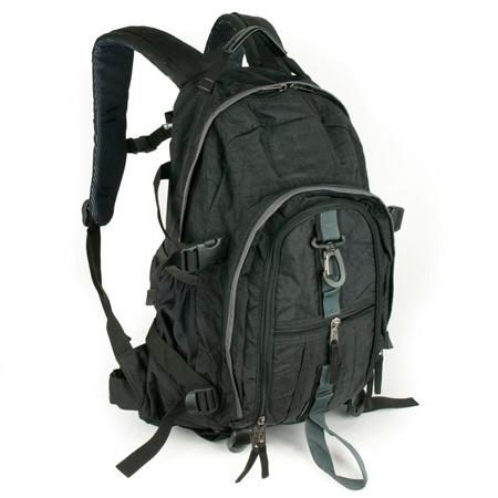Вместительный рюкзак.