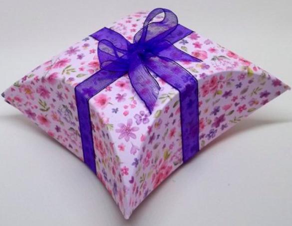 podarochnay-korobka-svoimi-rukami-18 Упаковка подарков своими руками I Как сделать упаковку для подарка?