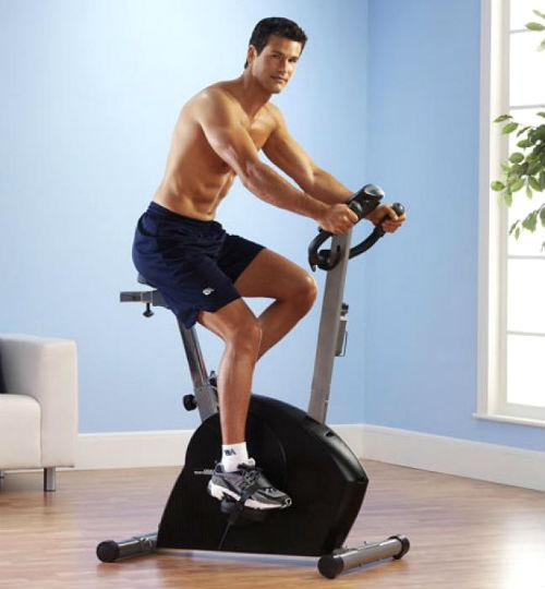 Тренажер понравится мужчине следящему за своей физической формой.