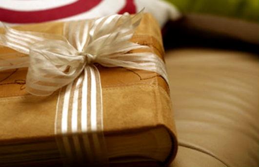 Книги в подарок.