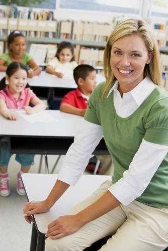 Что подарить воспитателю в детском саду на Новый год.