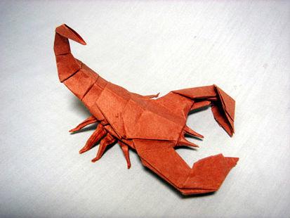 chto-podarit-myzhchine-skorpiony-9