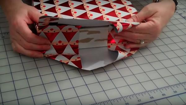 ypakovka-podarka-v-bumagy-5