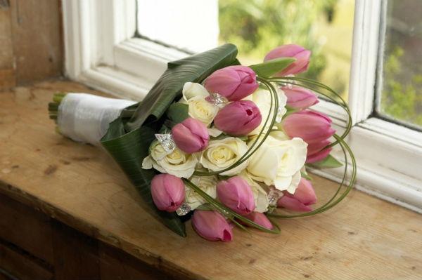 Как называется 43 годовщина свадьбы: традиции и идеи подарков