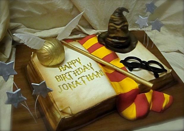Выбираем актуальные подарки мальчику на 12 лет на День Рождения