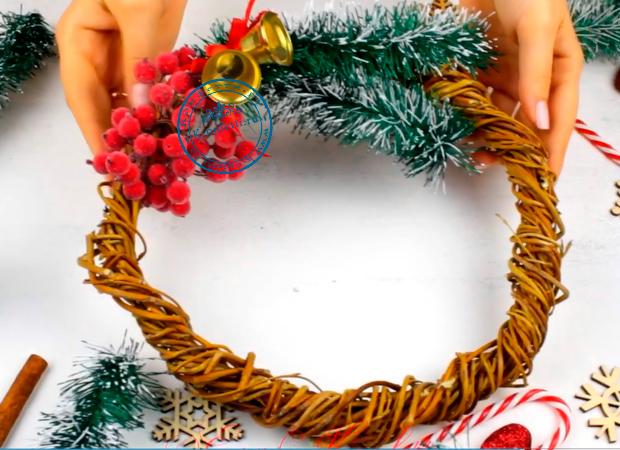 Новогодние подарки своими руками (8 вариантов)