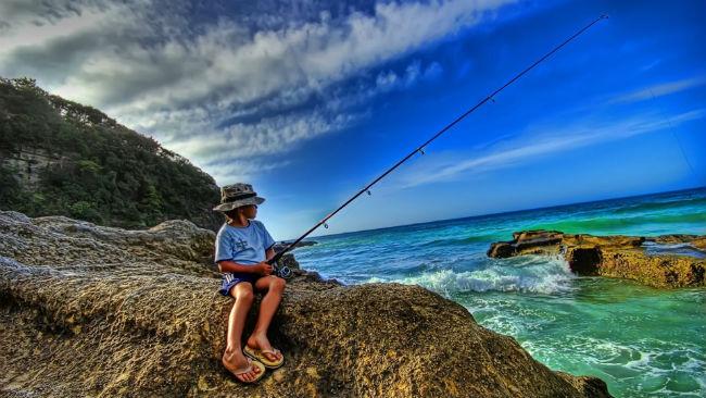 Когда отмечается День Рыбака – история даты, факты и идеи подарков