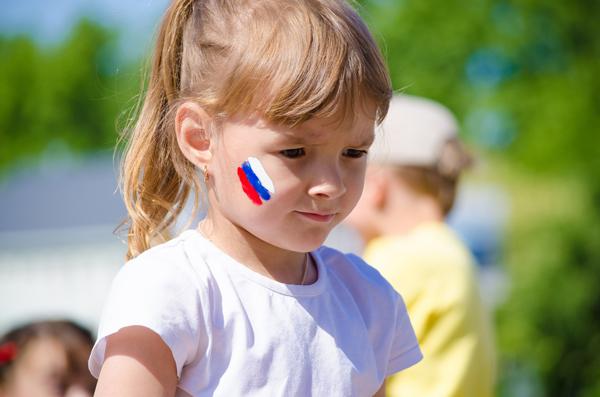 Все что нужно знать про День России: история, традиции, факты и многое другое