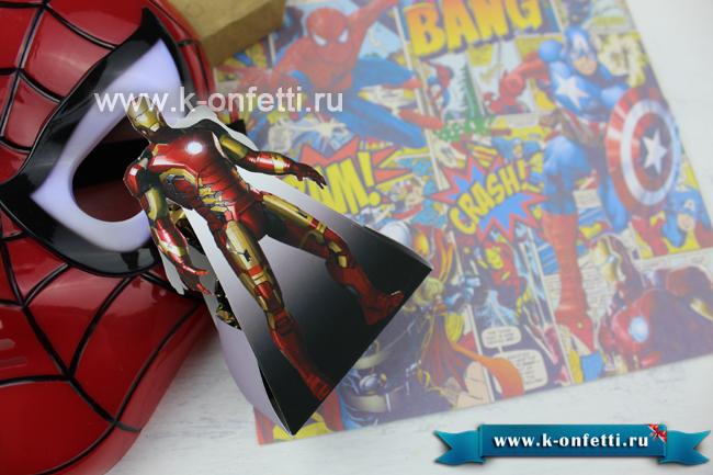 Коробочка со сладостями в стиле Железного Человека.