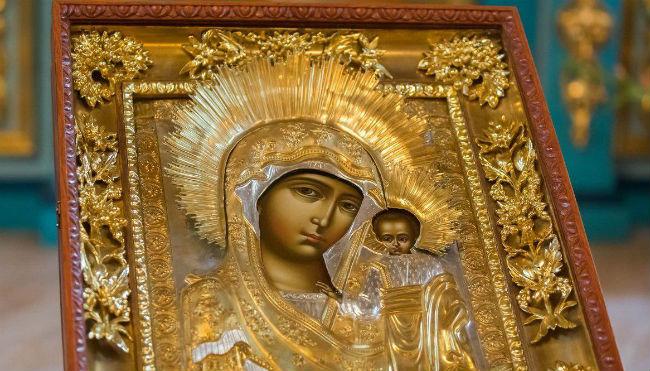 Христианский праздник день Казанской иконы Божьей Матери (все о празднике)